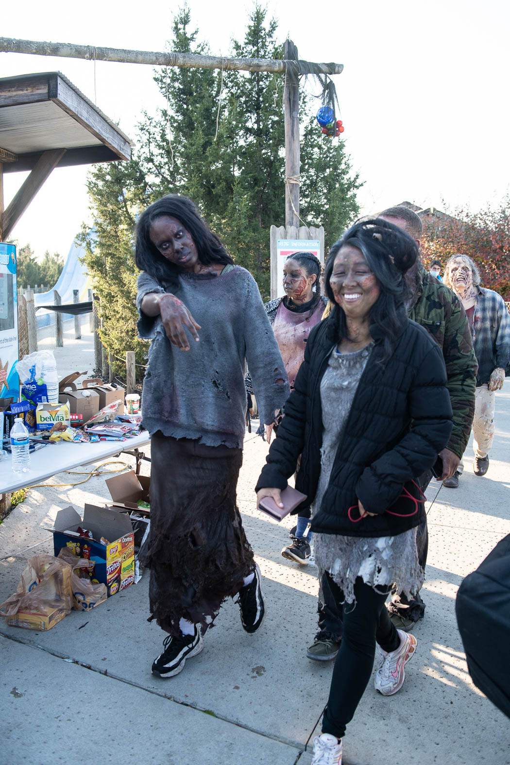 Zombie Team Zombiezi Bay 7190 - Amanda Carberry, Columbus Zoo and Aquarium